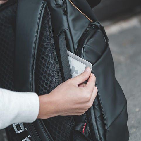 PGYTECH OneGo BackPack(ワンゴー バックパック) |  安全かつ迅速にアクセスするためのセキュリティーポケット