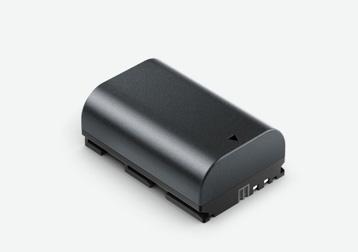 標準のLP-E6バッテリー