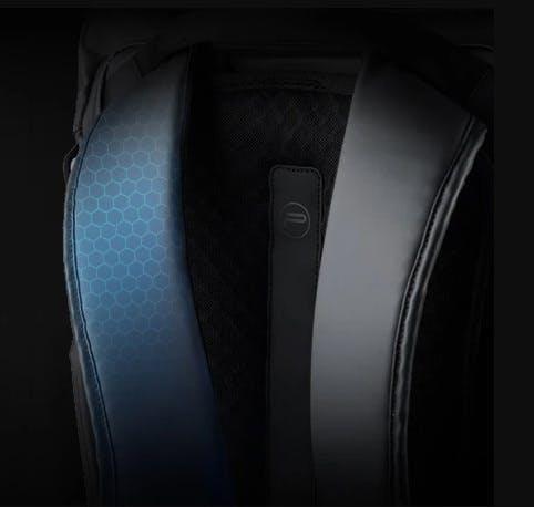 PGYTECH OneGo BackPack(ワンゴー バックパック)   「ハニカムTPR」を使用し、圧力を50%分散するショルダーストラップ